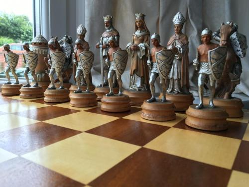 anri-silver-and-gold-chess-set (41)