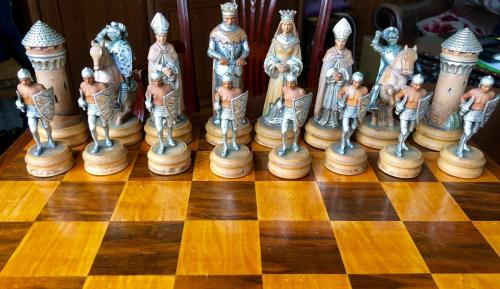 anri-silver-and-gold-chess-set (48)
