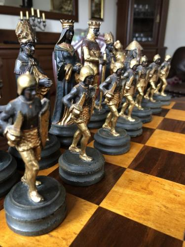 anri-silver-and-gold-chess-set (60)