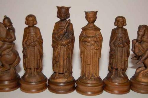 anri-styled-wooden-chess-set (1)