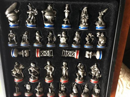 asterix-and-obelix-chess-set (11)