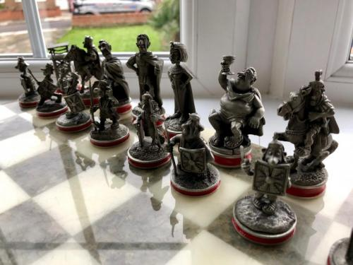 asterix-and-obelix-chess-set (3)
