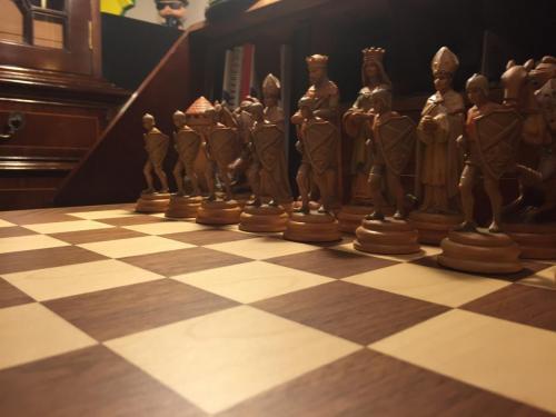 classical-anri-chess-set (20)