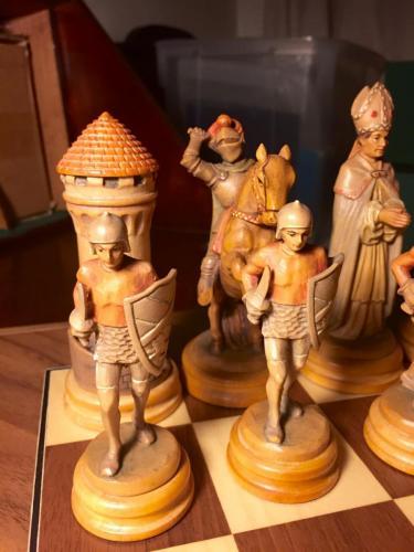 classical-anri-chess-set (26)