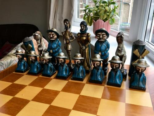 don-quixote-chess-set (8)