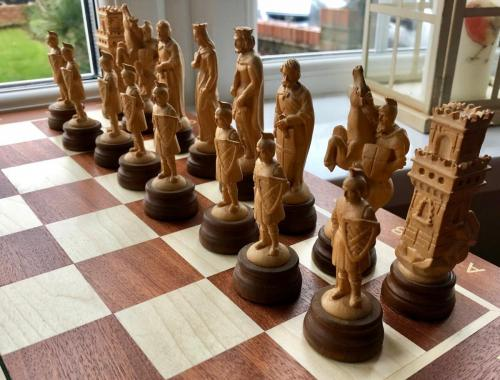 medieval-wooden-army-chess-set (5)
