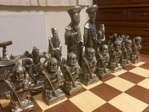 metal-chinese-emperor-chess-set (15)