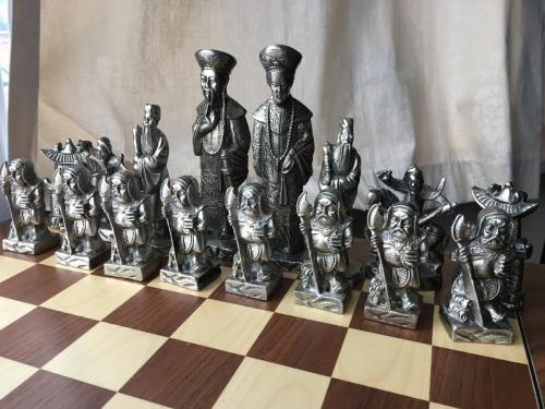metal-chinese-emperor-chess-set (25)