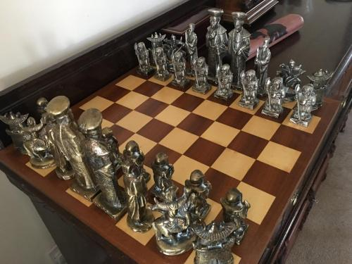 metal-chinese-emperor-chess-set (38)