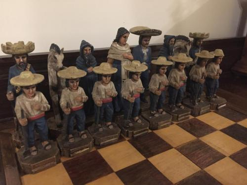 mexican-army-chess-set (26)