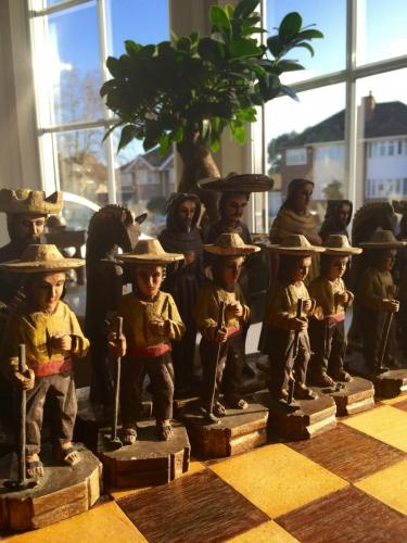 mexican-army-chess-set (30)
