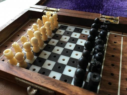 small-antique-travel-chess-set (12)