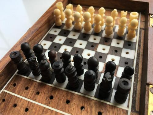 small-antique-travel-chess-set (8)